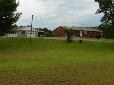 Gwinn Homeplace in Summers County Tour 005
