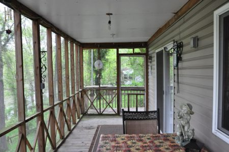 Kitty's Cabin on the Greenbrier 013